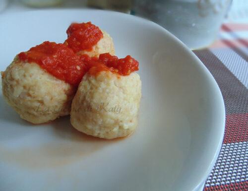 Canederli con pancetta al pomodoro