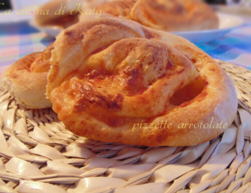 Pizzette arrotolate, ricetta semplice