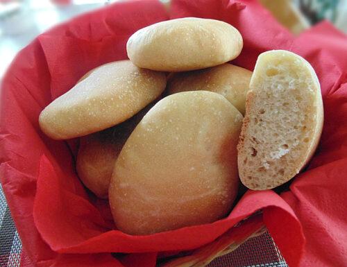 Panini arabi con esubero di pasta madre