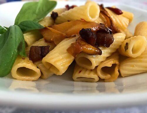 Pasta ai peperoni alla ligure – Rivisitata con peperone di carmagnola