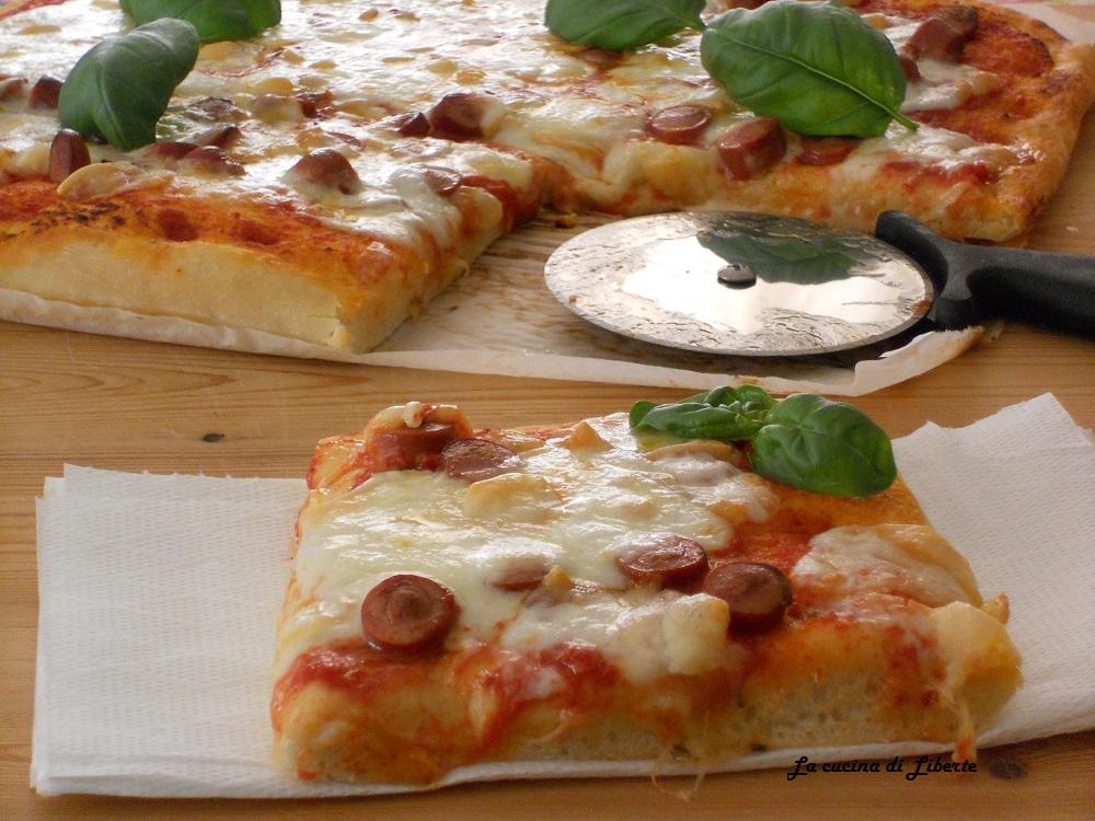 Ricetta pizza fatta in casa la cucina di liberte for Pizza in casa