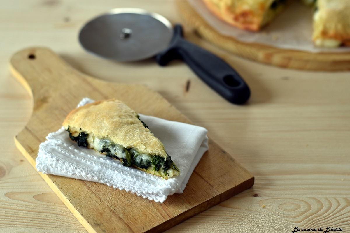 Focaccia rustica con spinaci e formaggio, che bontà!