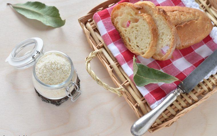 Pangrattato o pane grattugiato fatto in casa