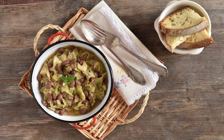 Zuppa verza e fagioli