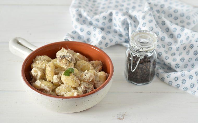 Gnocchi di patate con funghi e ricotta