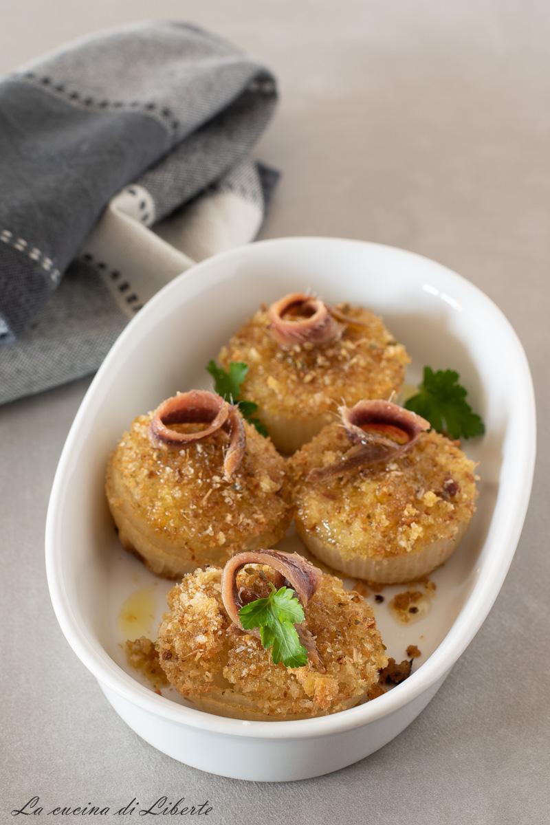 Cipolle gratinate al forno d