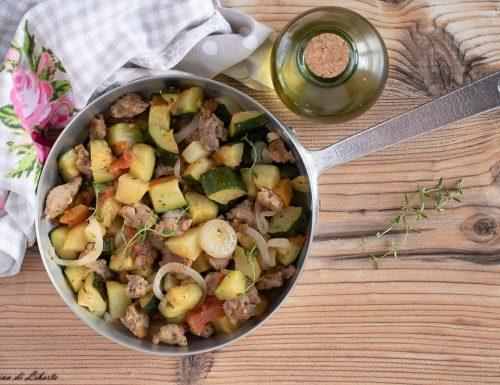 Zucchine con salsiccia e patate