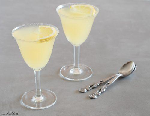 Gelatina al limone con prosecco
