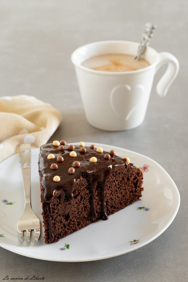 Torta con cioccolato fondente d2