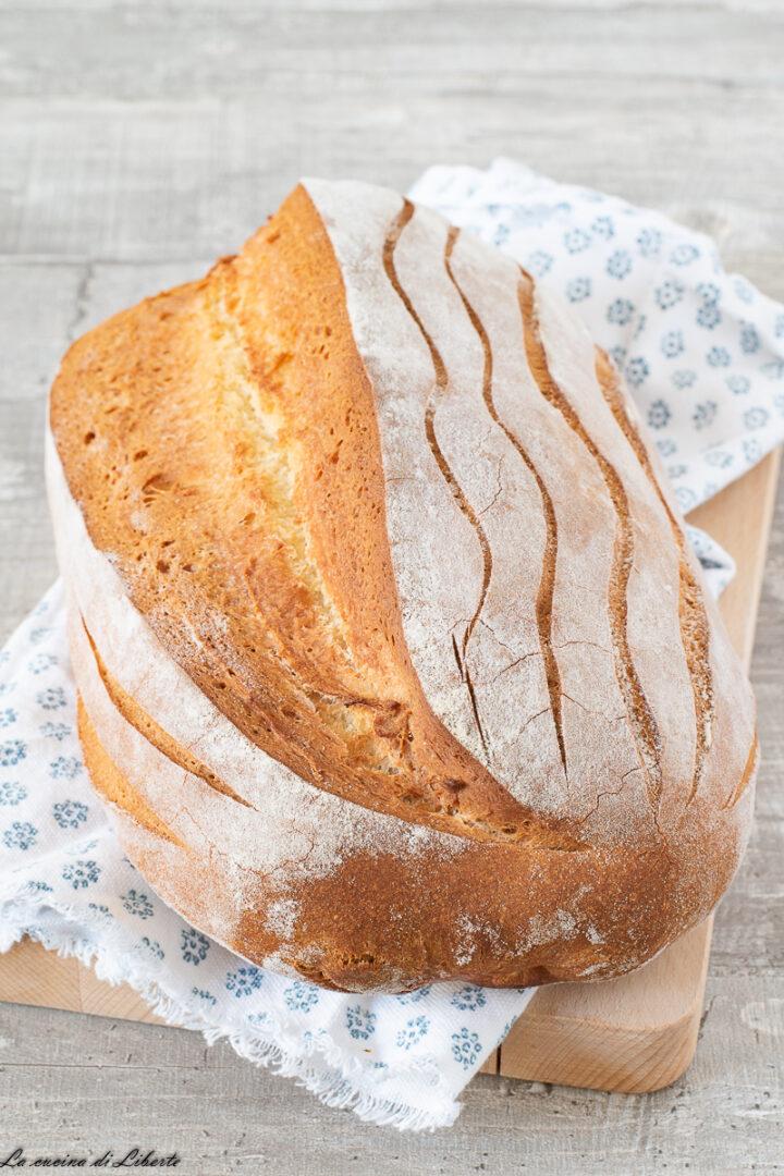 Pane con farina di ceci d