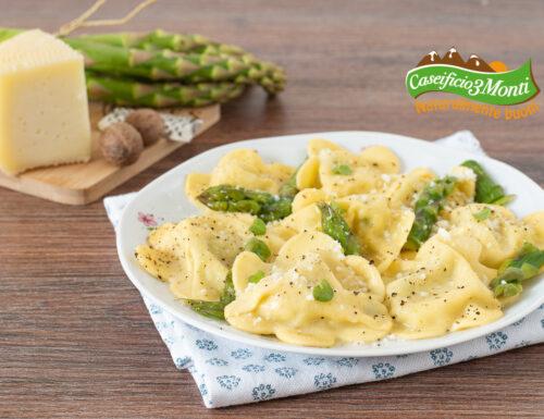 Ravioli asparagi e formaggio