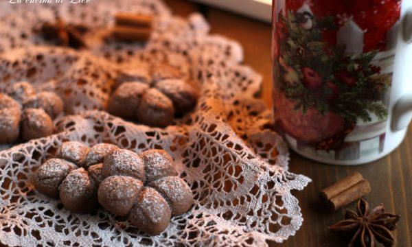 Frollini al cacao e spezie