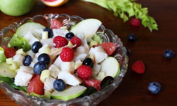 Insalata di baccalà con frutta
