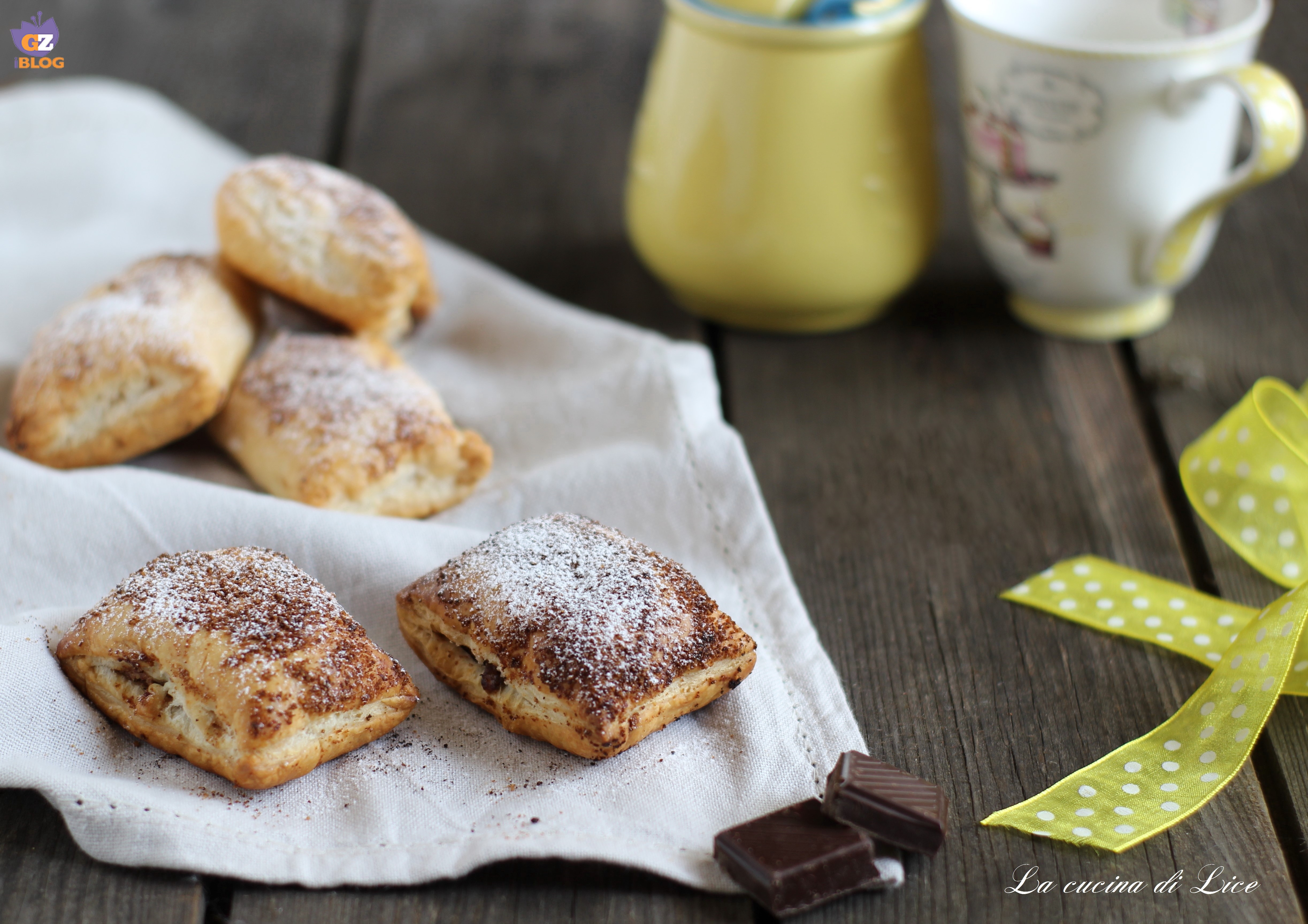 Mini saccottini con banane e cioccolato