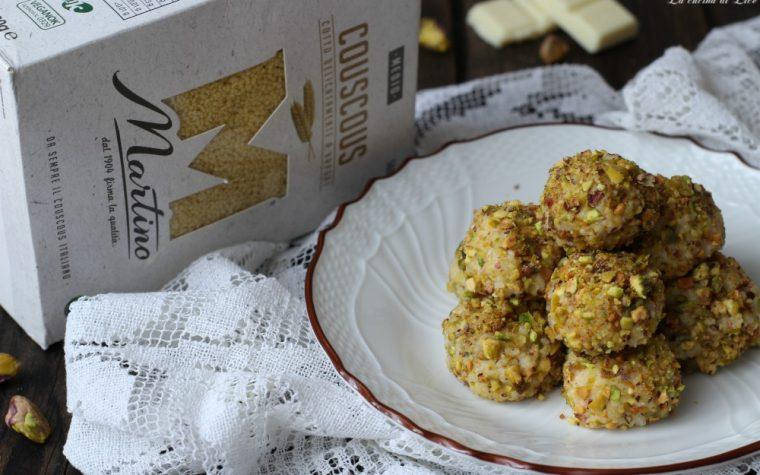 Praline di couscous con cioccolato bianco e pistacchi