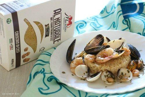 Tortino di couscous di ceci con frutti di mare