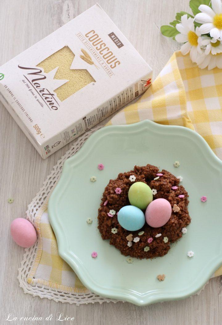 Nidi di couscous al cioccolato con ovetti confettati