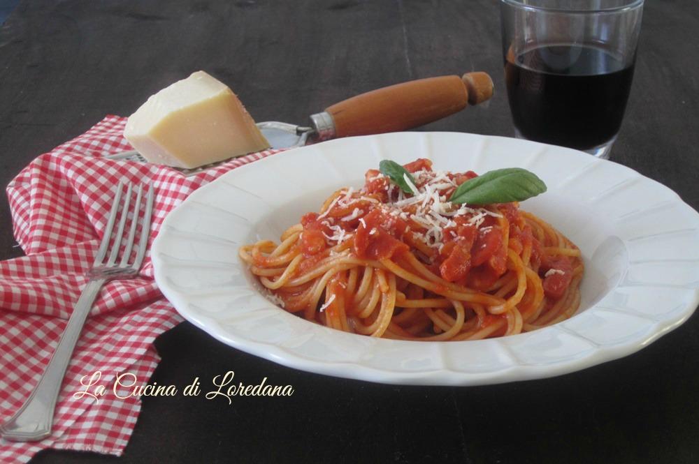 Spaghetti alla amatriciana la cucina di loredana - Cucina con loredana ...