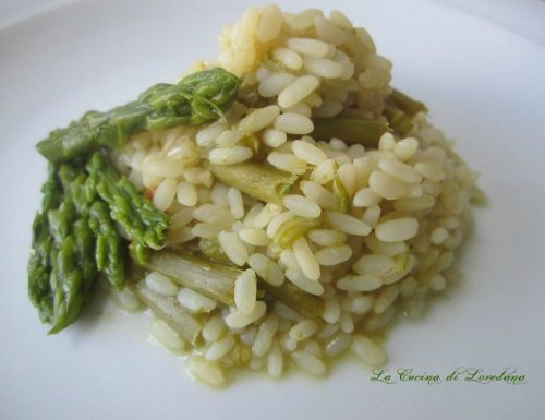 Risotto con asparagi – Ricetta vegetariana