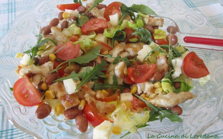 Insalata con pollo e verdure