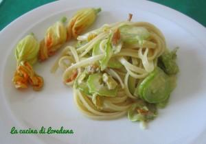 linguine con zucchine e fiori