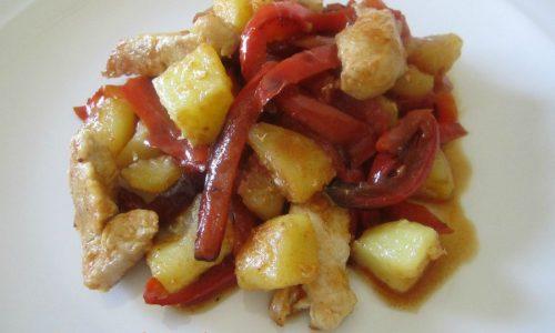 Pollo peperoni e patate