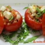 Pomodori ripieni di tonno e mozzarella