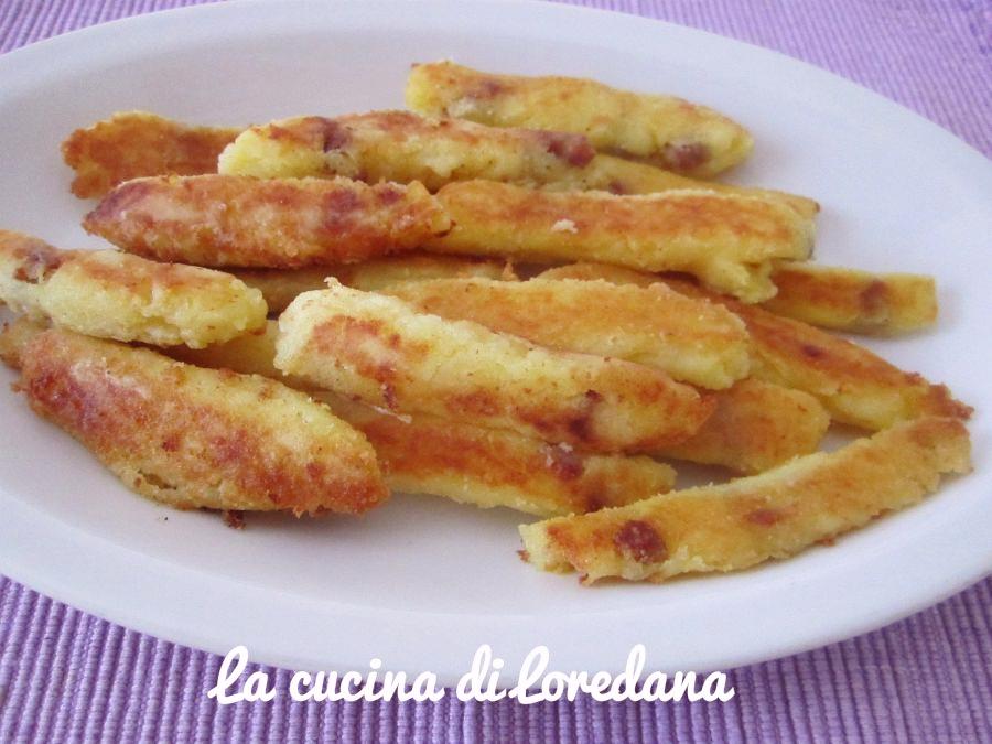 bastoncini di patate con pancetta