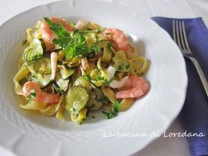 tagliatelle gamberi e zucchine