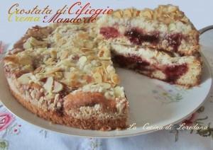 crostata di ciliegie crema e mandorle