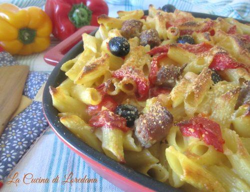Pasta al forno con Peperoni e Salsiccia