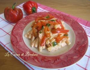 pasta con crema di ricotta e peperoni