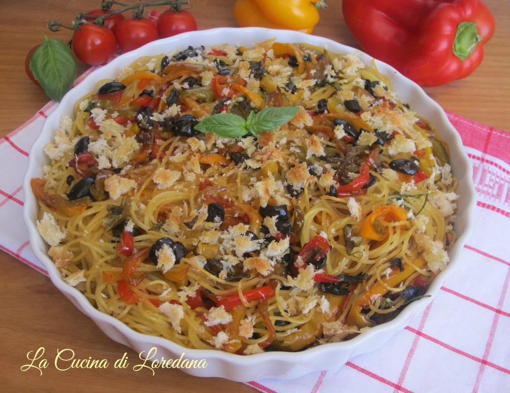 Spaghetti con peperoni al forno la cucina di loredana - Cucina con loredana ...