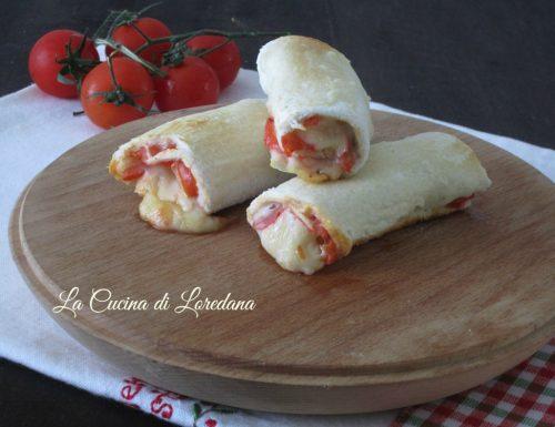 Rotolini con pomodoro e mozzarella