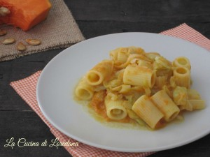 pasta con crema di zucca e cavolo