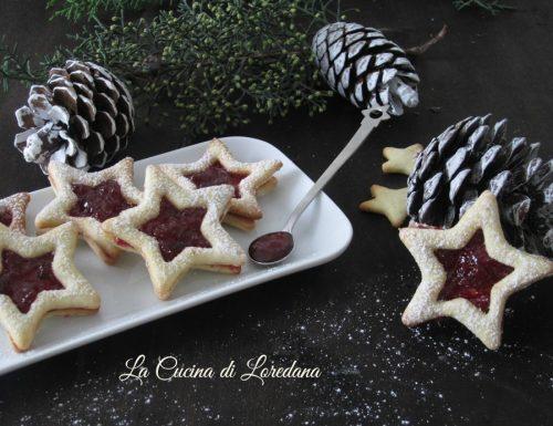 Stelle di Biscotti con marmellata