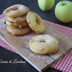 Ciambelle di mele