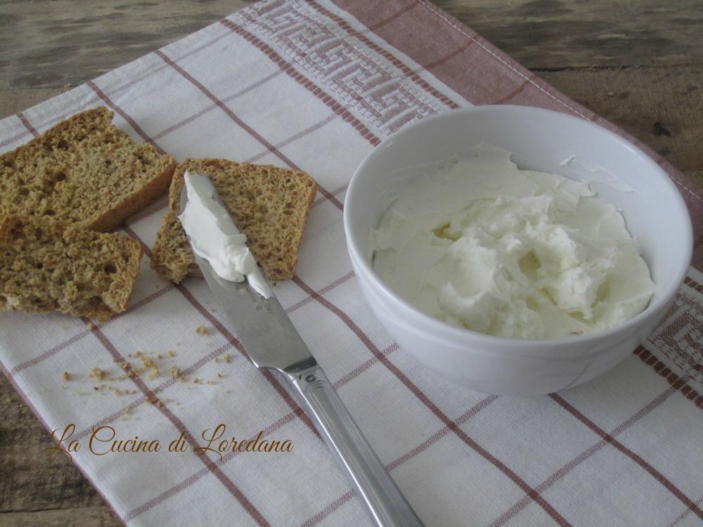 formaggio spalmabile fatto in casa