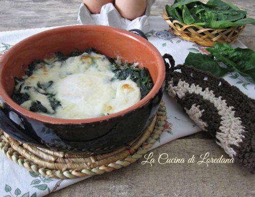 Spinaci con uova e formaggio
