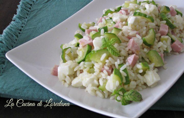 Insalata di riso con zucchine e mozzarella