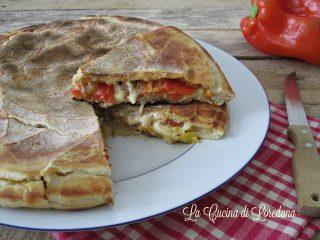 pizza con peperoni in padella