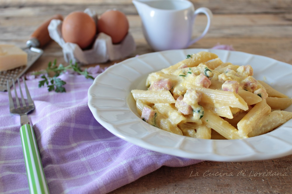 Pasta con prosciutto e uova