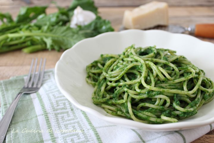 spaghetti con pesto di cime di rapa
