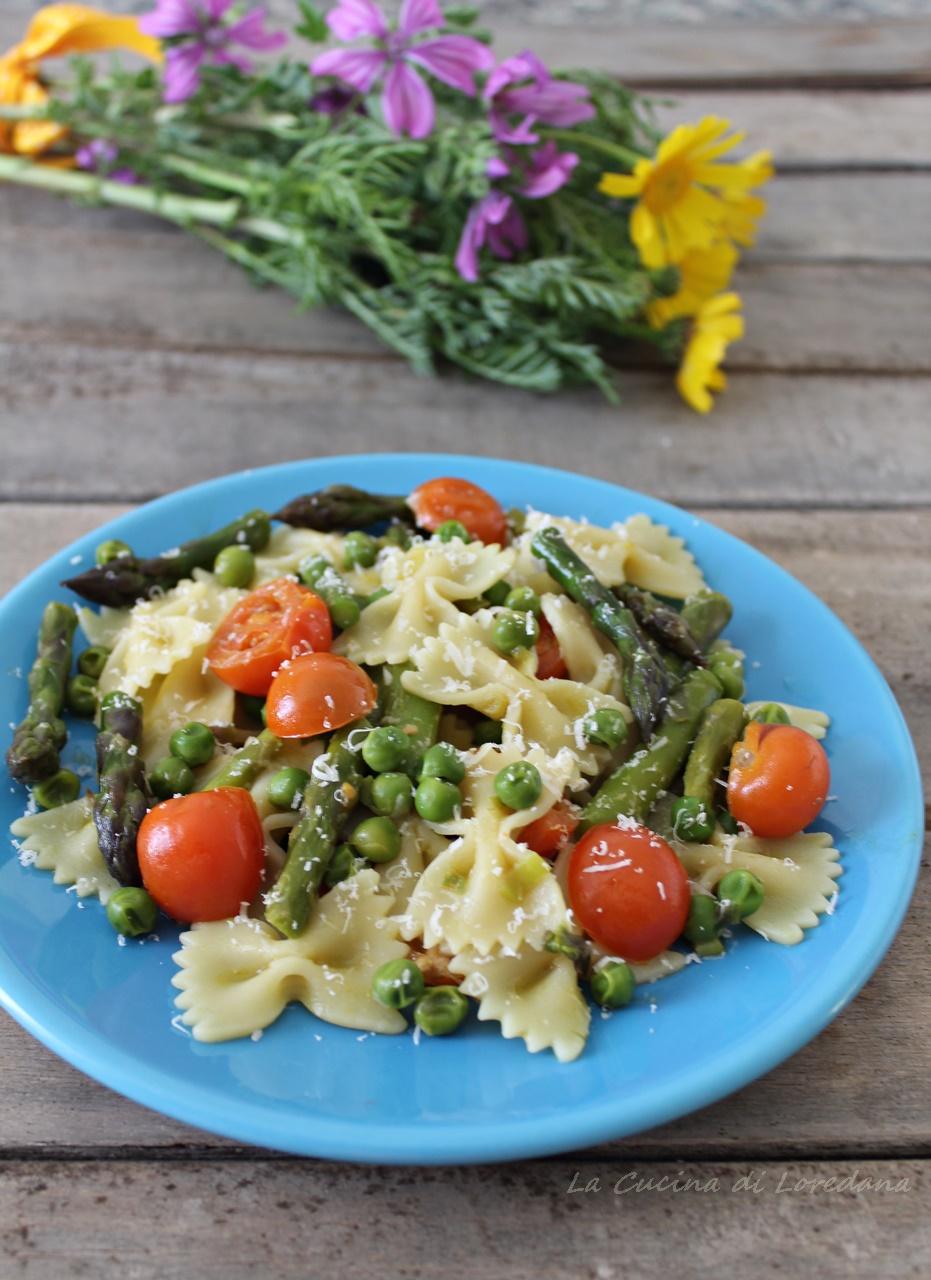pasta con asparagi e piselli