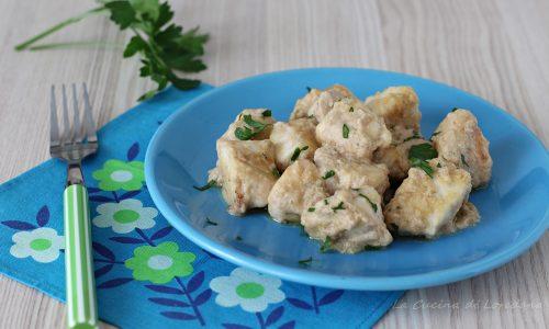 Bocconcini di pollo con salsa tonnata