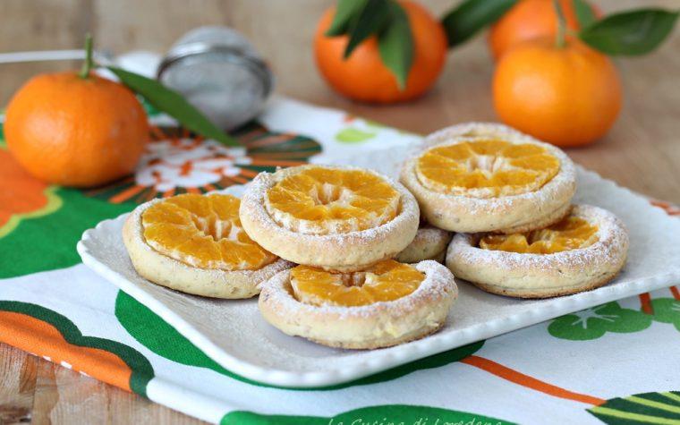 Biscotti con clementine e mandorle