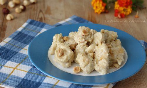 Bocconcini di pollo alla crema di nocciole