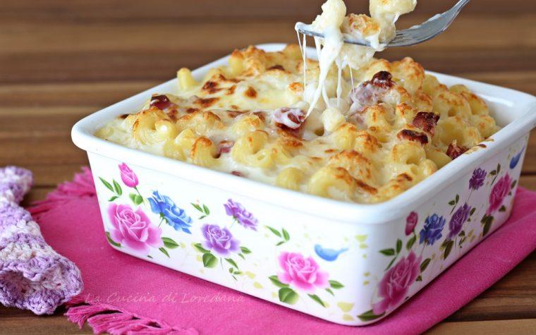 Pasta con besciamella al forno