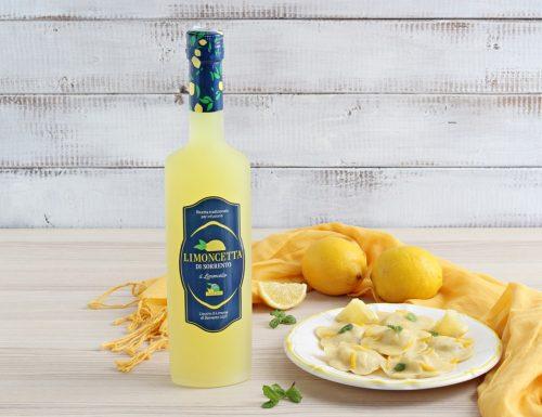 Ravioli di pesce con salsa al limone