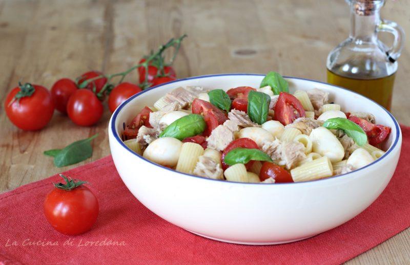 insalata di pasta con tonno e mozzarella